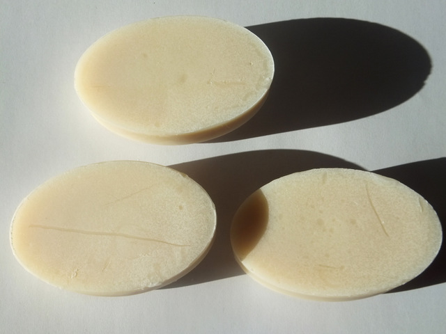 Underside-of-Milk-Relief-Soap